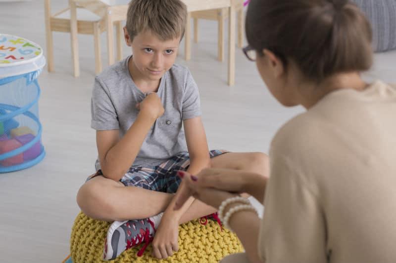 Assistante sociale dans une école