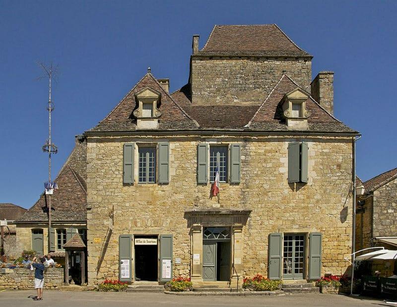 Mairie de Domme, Dordogne ©Jebulon