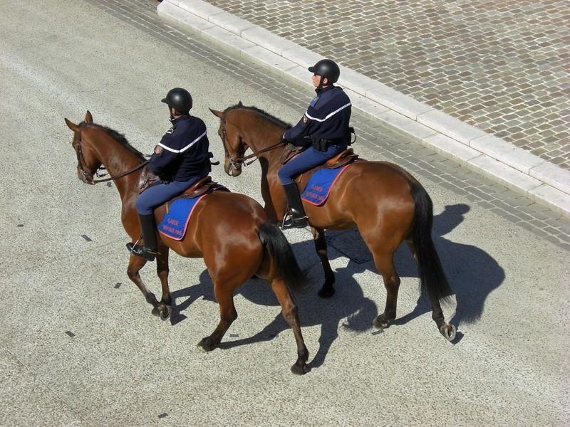 Gendarmes à cheval